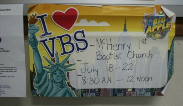 FFRF downs vacation bible study posters at Mississippi Post Office (July 27, 2011)